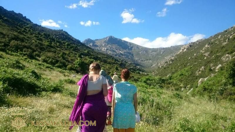 Mountains, festival of Sri Preme Prayojan in Spain